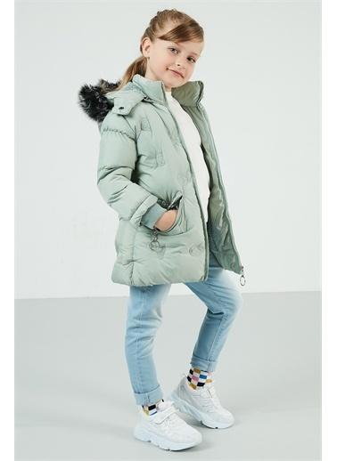 Lela Lela Yakası Suni Kürklü Kapüşonlu Şişme Mont Kız Çocuk   Renkli